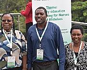 Bilde av de tre representantene fra Zambia