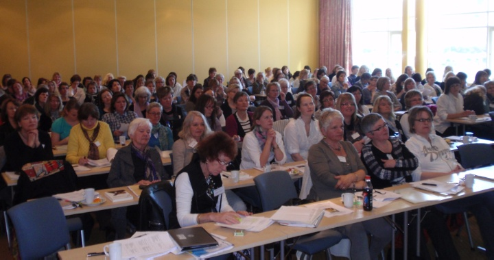 kongress april 2011 plenum.JPG